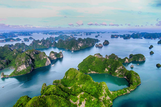 ​HALONG BAY CRUISE HALF DAY